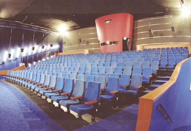 Cinerama Rotterdam Josper stoelen